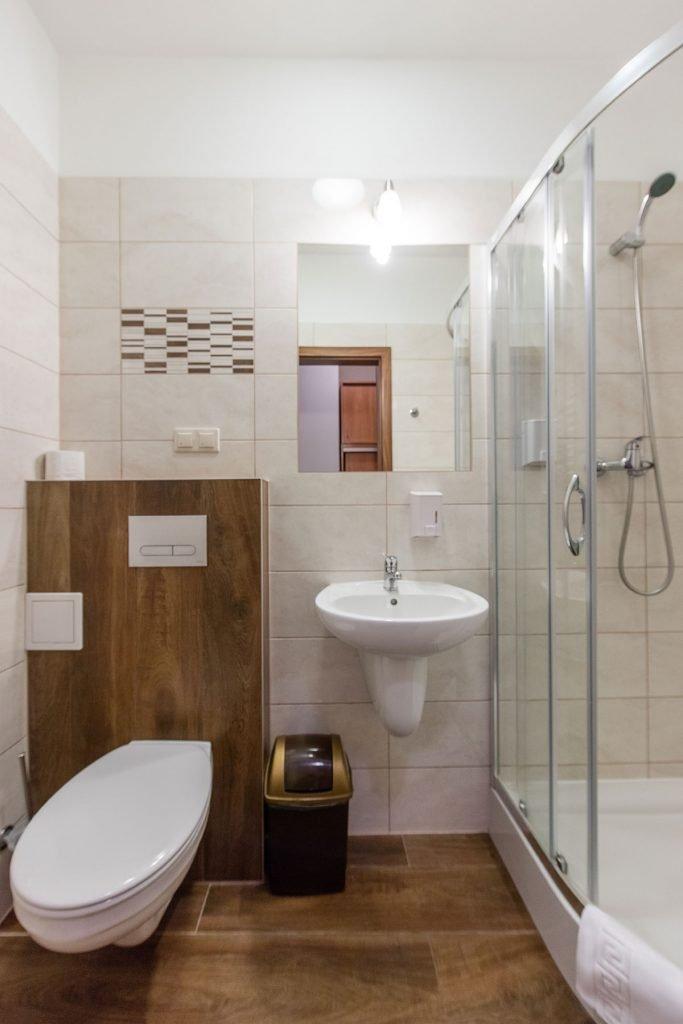 Standard Plus Rooms In Krakow Scsk Optima